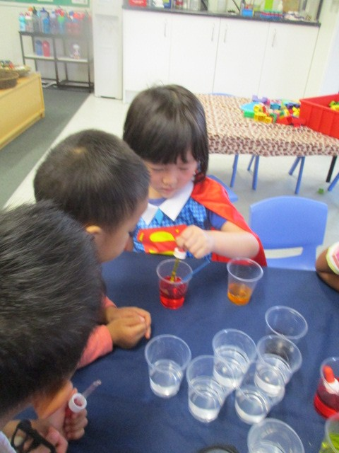 Colour mixing and making ice